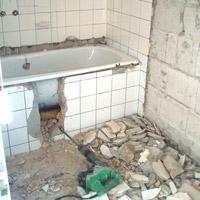Badkamer slopen en plaatsen
